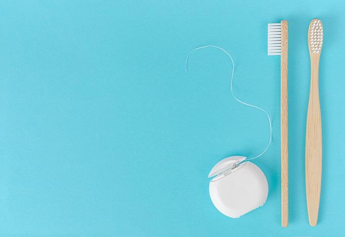 4 Razones para usar seda dental