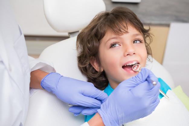 Consejos para cuidar los dientes de tu hijo(II)