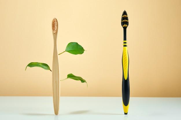 ¿Puedo usar un cepillo de dientes de bambú?